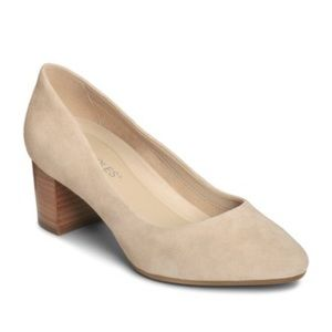 Aerosoles tan suede pump - size 9.5 - NEW